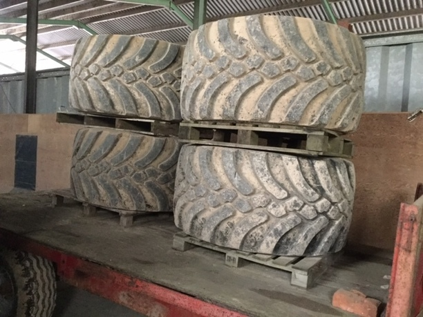 Chafer Mirage Tyres